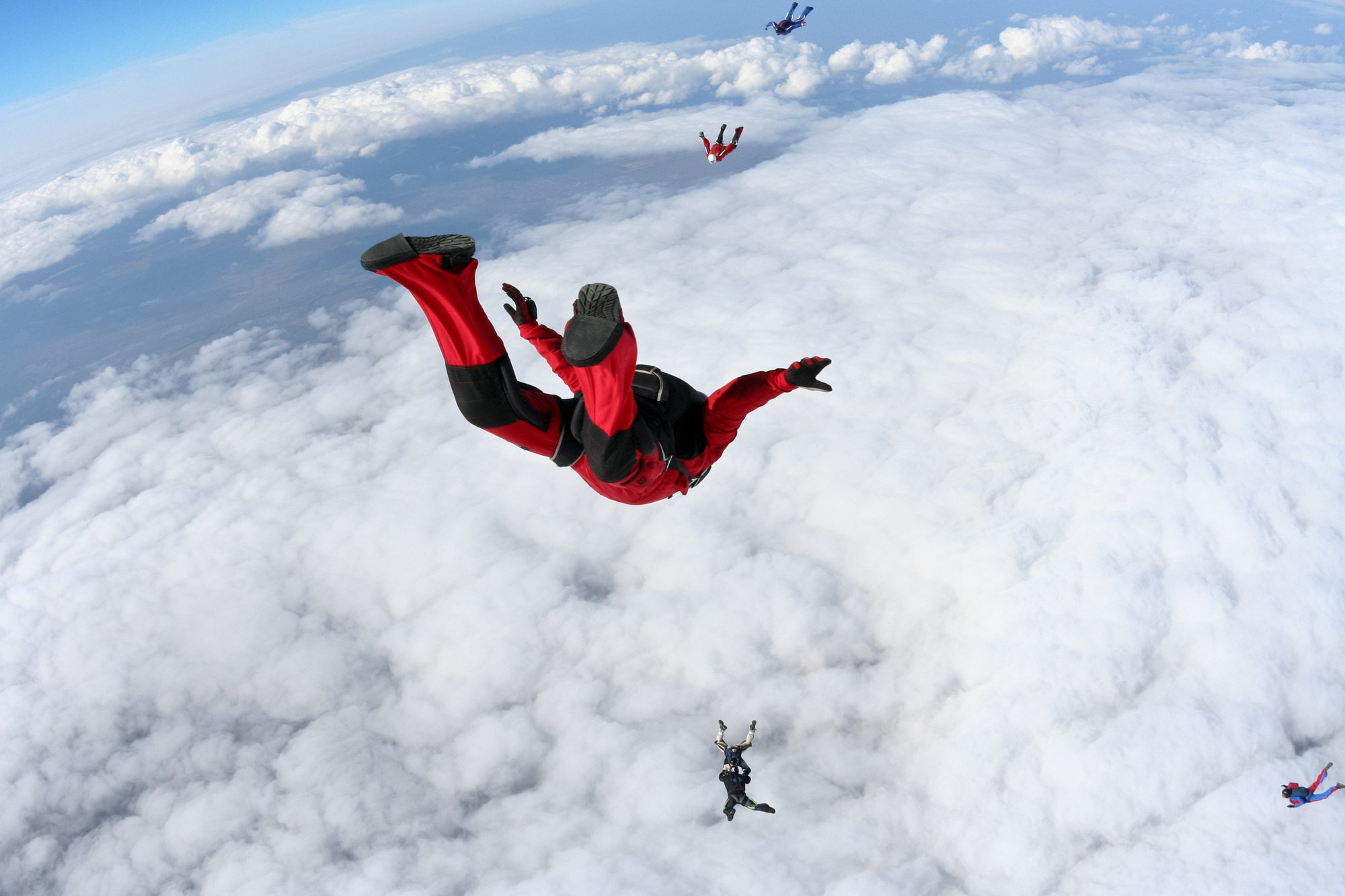 is-skydiving-cold